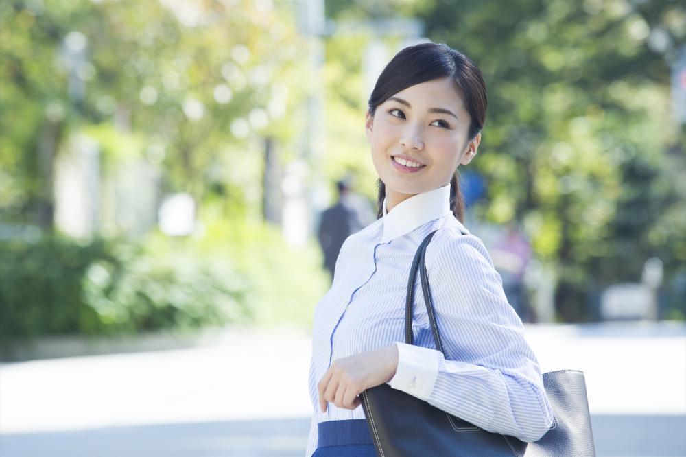 【中区】高収入★駅近のオフィス★共済商品アドバイザー