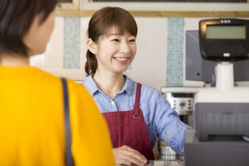 働く場所が選べます【磐田~御前崎】時短・週3勤務もOKのレジ