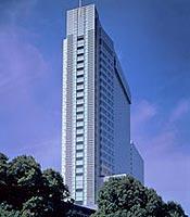 地上100メートルの眺望☆渋谷のホテル内レストランでお仕事