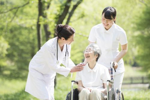 【静岡街中】看護助手★交通費支給★☆未経験者歓迎♪