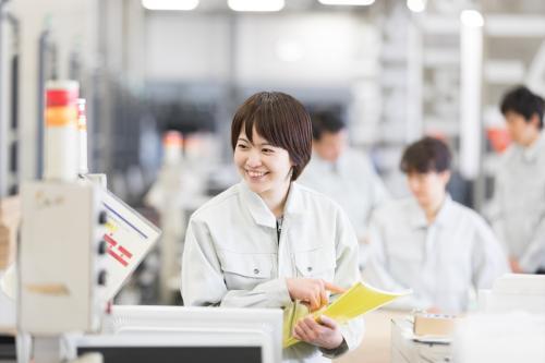 浜松北区:メーカー営業事務 建て替えた事務所がキレイ♪