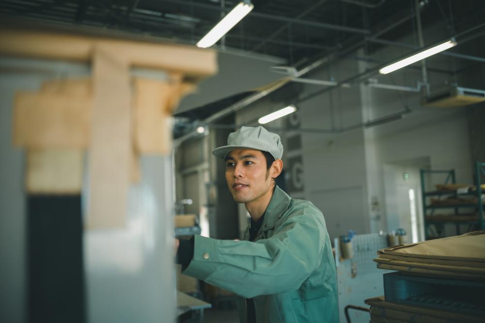 <三島>金属加工の企業で製造のお仕事です
