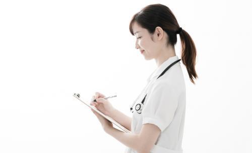 外来クラークとは?主な仕事内容や医療事務との違いなどを解説