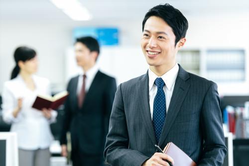 正社員を目指せる 総務事務のお仕事 男性活躍中