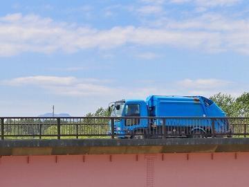 《大鳥居・パッカー車ドライバー》4tドライバー経験者歓迎!