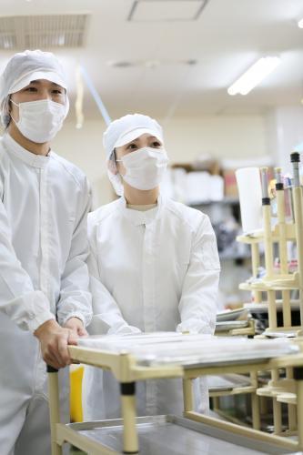 【焼津市・5名募集】6月~7月末の短期!化粧品のセット作業