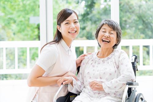 <伊豆市>地域密着型の近代的な施設で、看護助手のお仕事です。