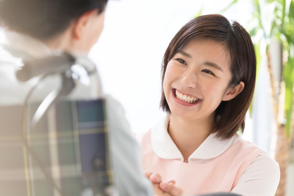 無料で看護助手の資格を取って就業しよう!異業種転職歓迎