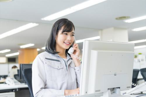 【焼津市】物流会社での営業事務/土日祝休み/きれいなオフィス