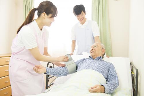 看護アシスタント:時短勤務の相談も可能です!未経験OK★
