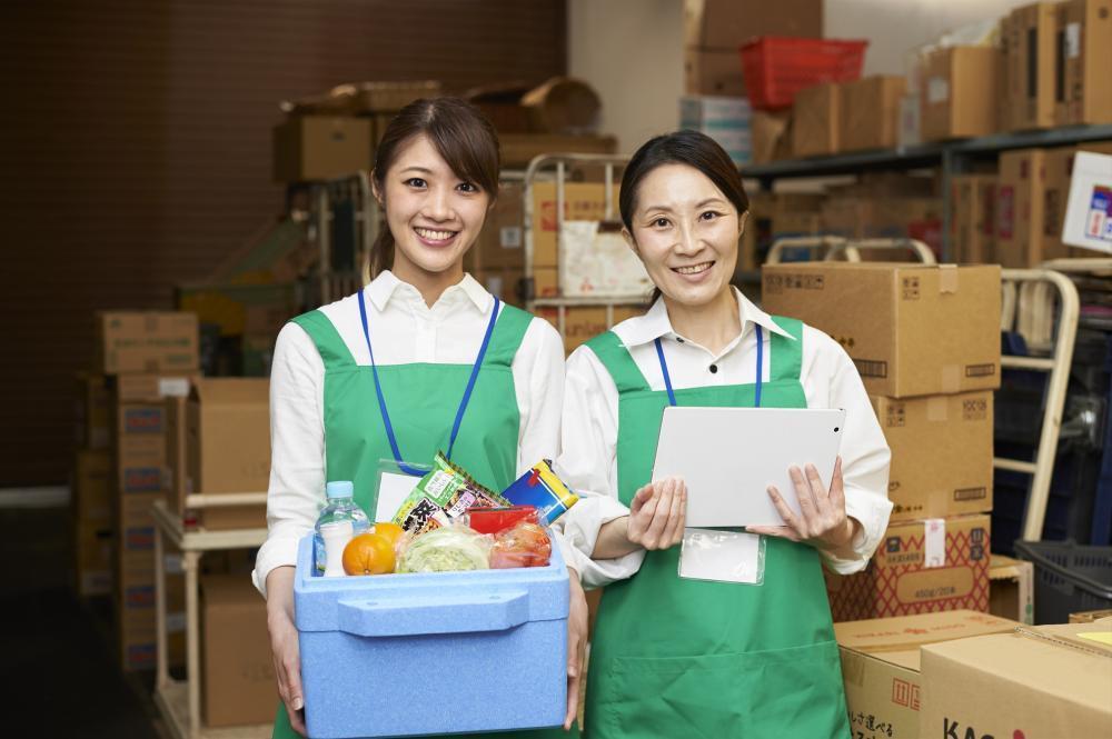 【北区】正社員◆うなぎの匂い漂う店内で店頭販売◆